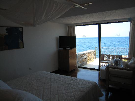 St. Nicolas Bay Resort Hotel & Villas: Hotel Room and View