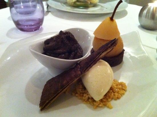 Restaurant Don Camillo Creations: poached pear dessert.