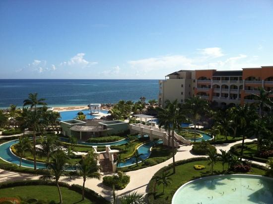 Iberostar Rose Hall Suites: view from the gym