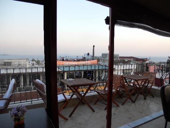 Star Hotel Istanbul: Terrasse