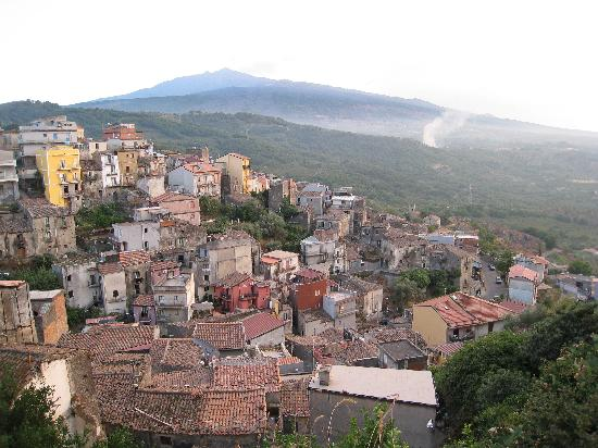 Albergo Diffuso Santa Caterina: A birdview of the village with our B7B in the middle (in hot pink)