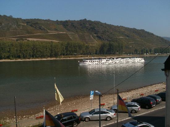 Lindenhof: dit uitzicht heb je als je het hotel uitloopt ,is het niet prachtig