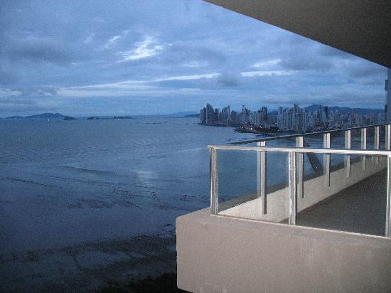Costa del Este : Vista a Punta Pacifica.