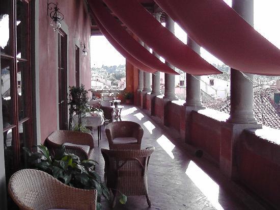 โรงแรมปาราซโซ่ กัวดาก์นี่: Dachterrasse