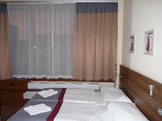 Ivbergs Hotel Berlin Messe: Zimmer
