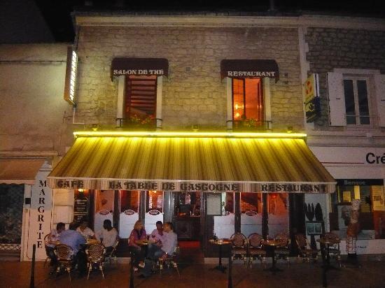 La Table de Gascogne: Le restaurant de nuit / The restaurant by night