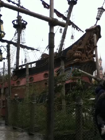 Bateau pirate photo de disneyland paris seine et marne - Bateau jack et les pirates ...