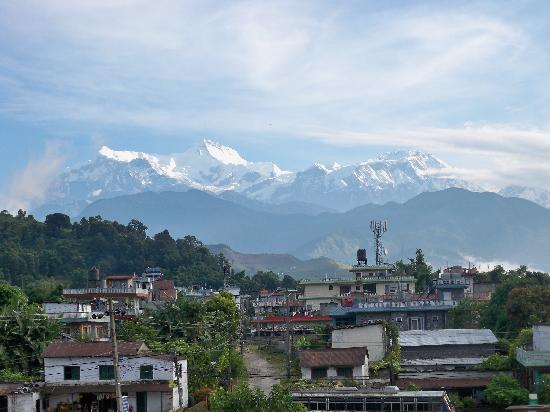 Hotel Shanker: View of the Annapurna Range from Punhill Guest House in Pokhara