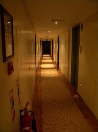 ดับเบื้ลทรี บาย ฮิลตัน - ลอนดอน เวสท์เอนด์: First Floor