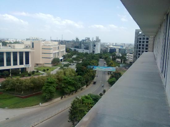Lemon Tree Hotel, Hinjawadi, Pune: Sight from my room over Pune