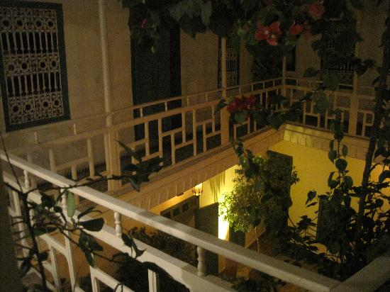 Dar Zouar: Night time view of balcony outside bedrooms