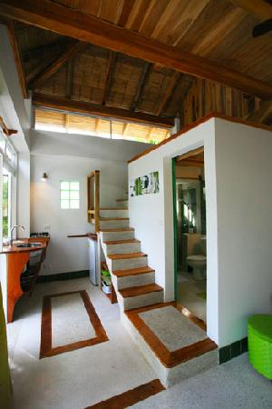 Principe del Pacifico: Green Apartment