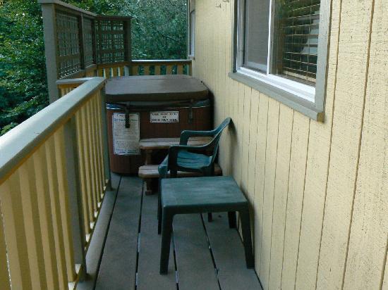 Harrison House Suites : Roche Harbor Cottage - Hot Tub