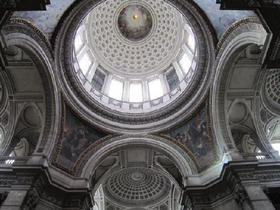 Panthéon: ceiling