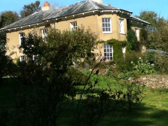 Beachborough Country House: October 2011