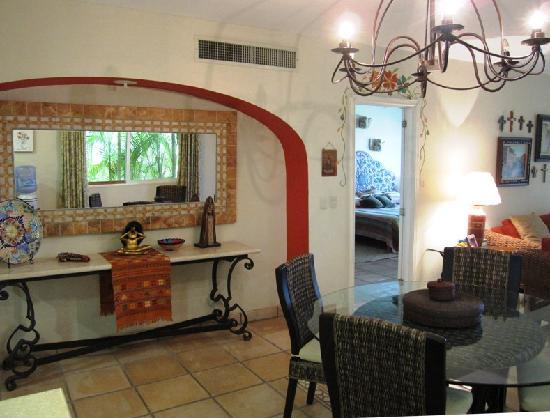 Punta Mita Surf Rental Condos : dining area