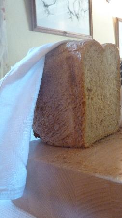 Snap Mill Bed & Breakfast: Homemade bread