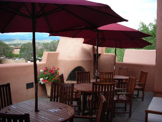 Hotel Santa Fe: Patio next to our room