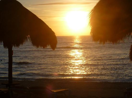 IBEROSTAR Paraiso Del Mar: Sunrise