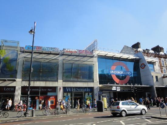Brixton: tube station