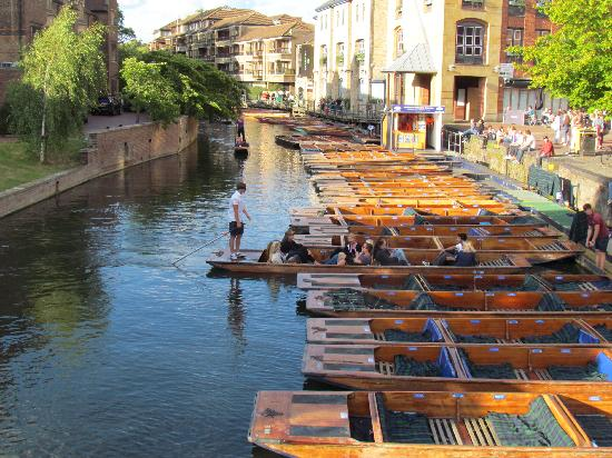Home from Home: Punting on the Cam