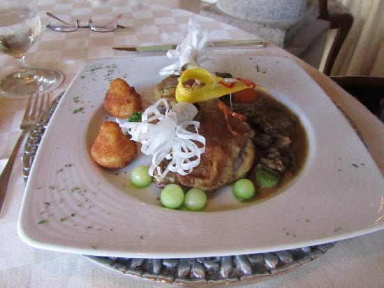 Cotacachi, Ecuador: Lamb so tender