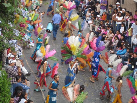 San Miguel de Allende (เทศบาลเมืองซานมิเกล เดอ อาเลนเด), เม็กซิโก: entrada de los xuchiles