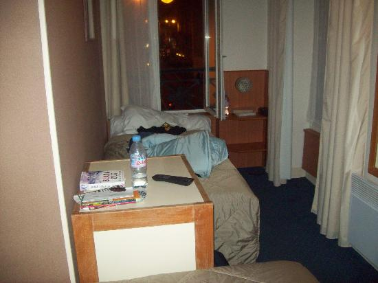 Hotel Marena: view of one half of the room
