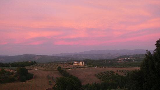 Castello del Nero Hotel & Spa: Sunset