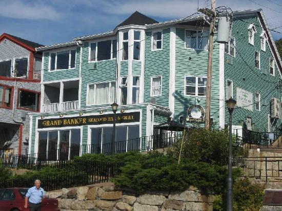 Brigantine Inn: The Inn from the front