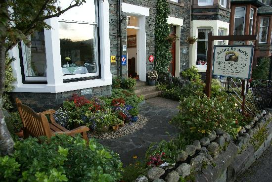 Badgers Wood Guest House: front gardens