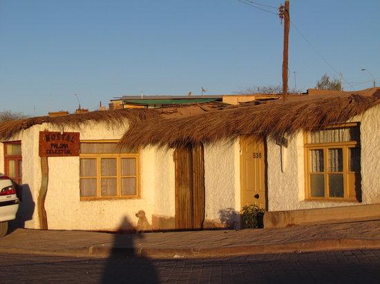 Hostal Paloma Celestial: entrada residencia