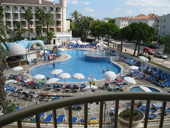 Hotel Best Cambrils: view from room 245 pool area
