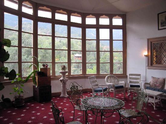 Miramont Castle Museum: Miramont Castle - conservatory