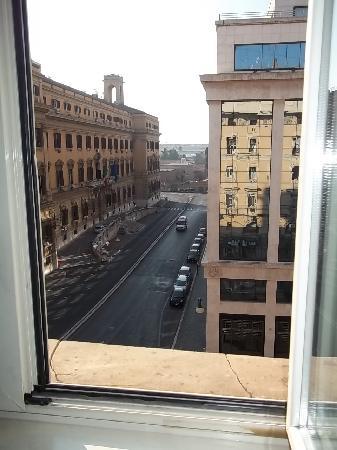 Hotel Margaret Rome: vista desde el desayunador