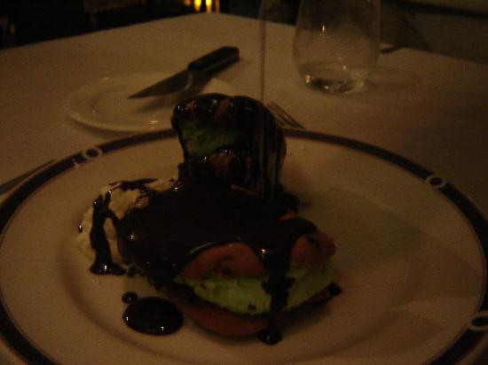 The Pointe Restaurant: Mint Gelato Dessert