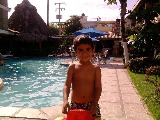 Vallartasol Hotel: andre en la alberca