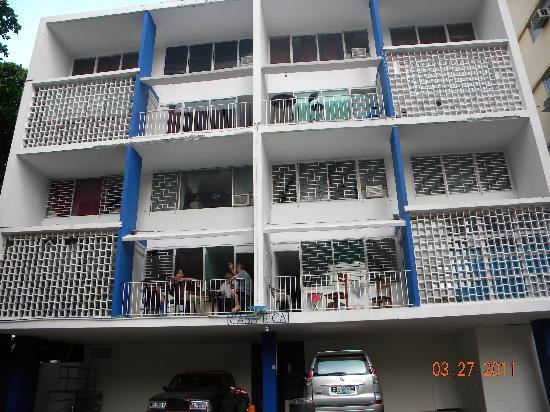 Hostal Casa Rica: Fachada