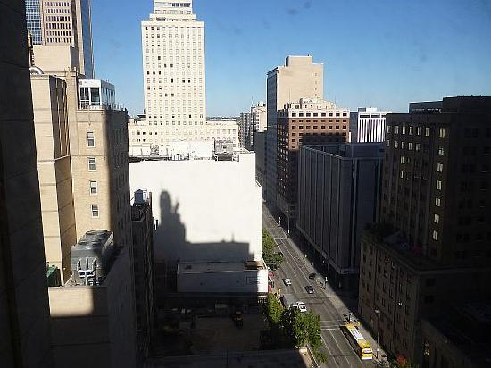 Magnolia Hotel Dallas Downtown: View from our window