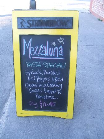 Blackstone Bed and Breakfast: Mezzaluna's special of the night