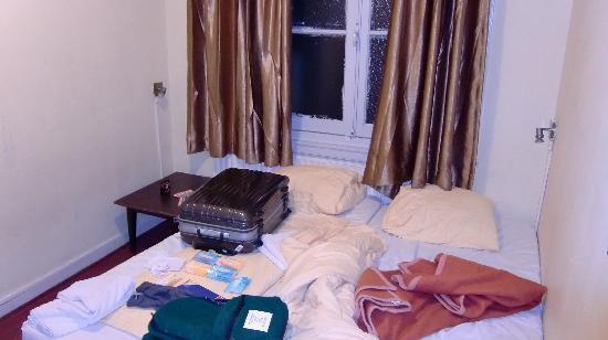 Hotel Manofa: ツインルームのシングル使用です