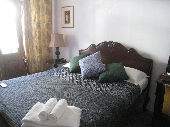 The Bhuthorn: 一階のお部屋、salpasart