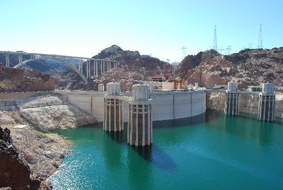 The Mirage Hotel Beautiful Hoover Dam 45 Mins Drive Or A Tour