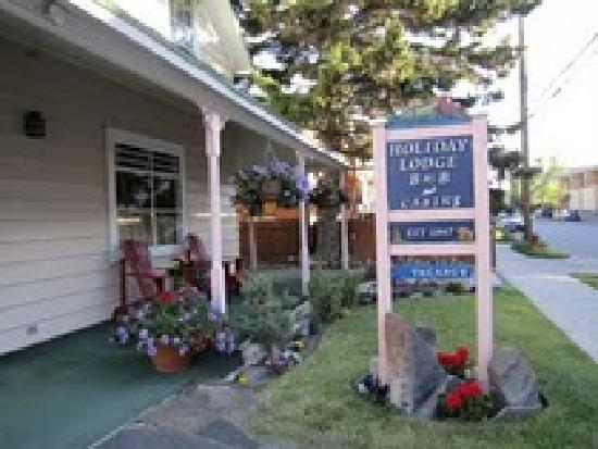Holiday Lodge Bed & Breakfast & Cabins: Holiday Lodge