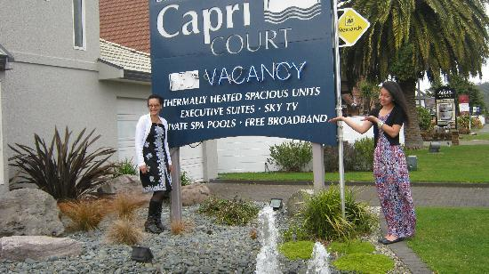 Arista Capri Motel: The lovely Capri Court!!!