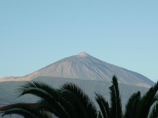 Residencial Rolando: Blick vom Balkon auf den Teide