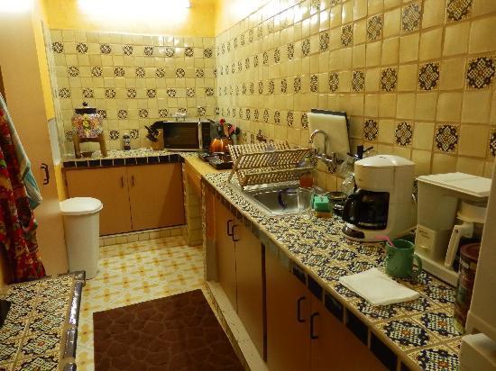 Casa Rayon: Kitchen
