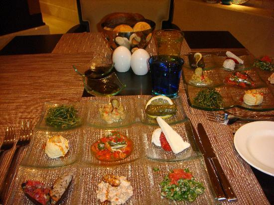 JW Marriott Hotel Ankara : traditional turkish appetizers