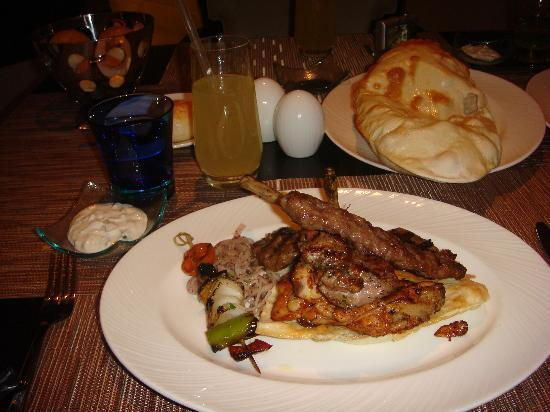 JW Marriott Hotel Ankara : mixed grilled meat