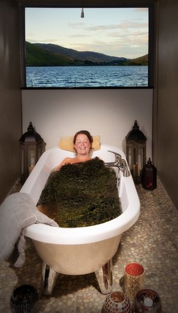 ‪Connemara Seaweed Baths‬